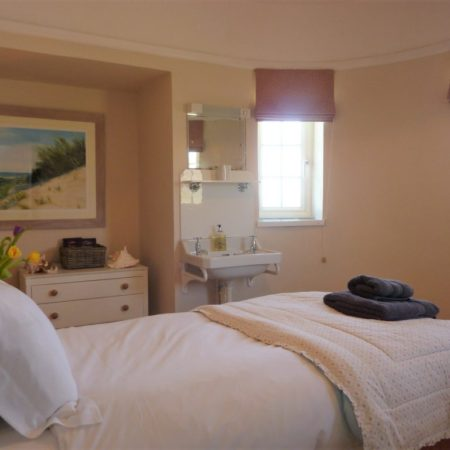 Rinsey Head Bedroom 1