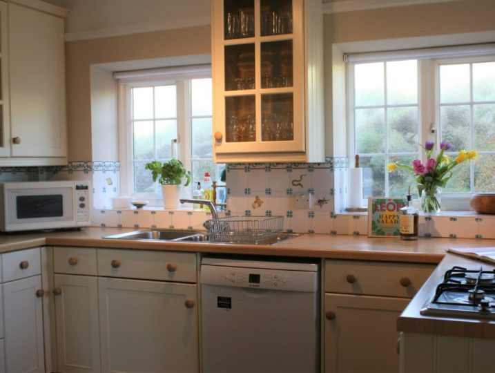 Rinsey Head Kitchen in Cornwall