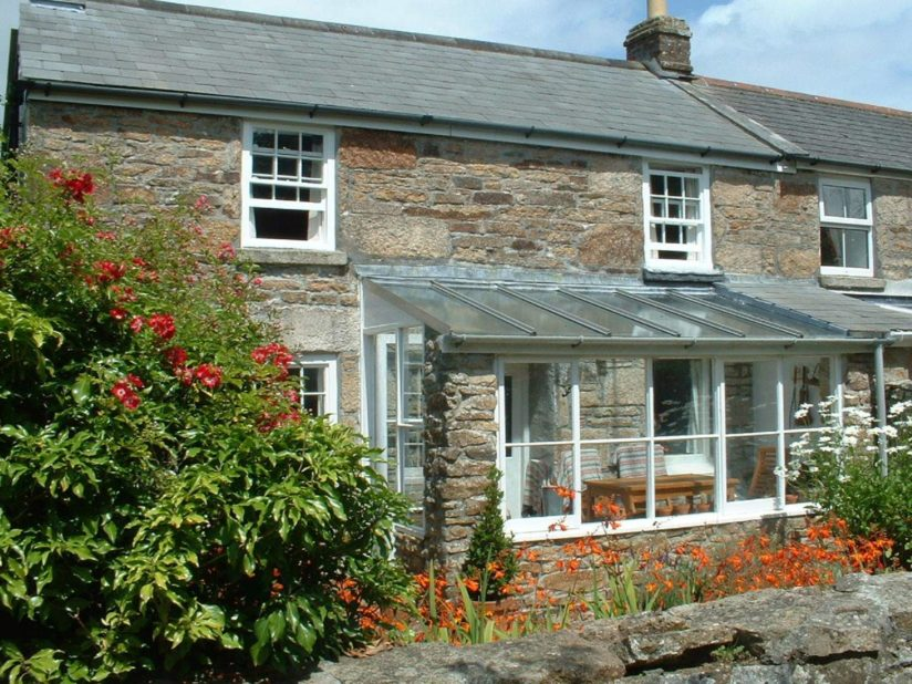 Tivoli Cottage frontage from Stylish Cornish Cottages