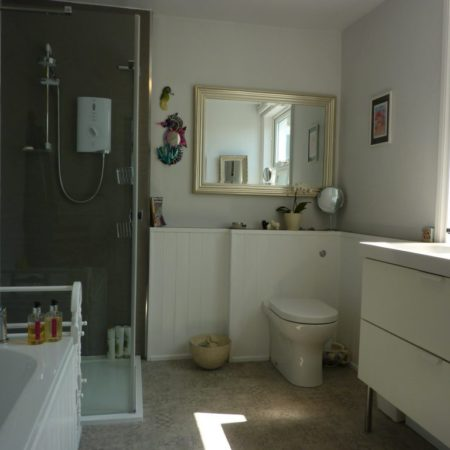 Bath room at Trevarrack Row Cottage in Cornwall