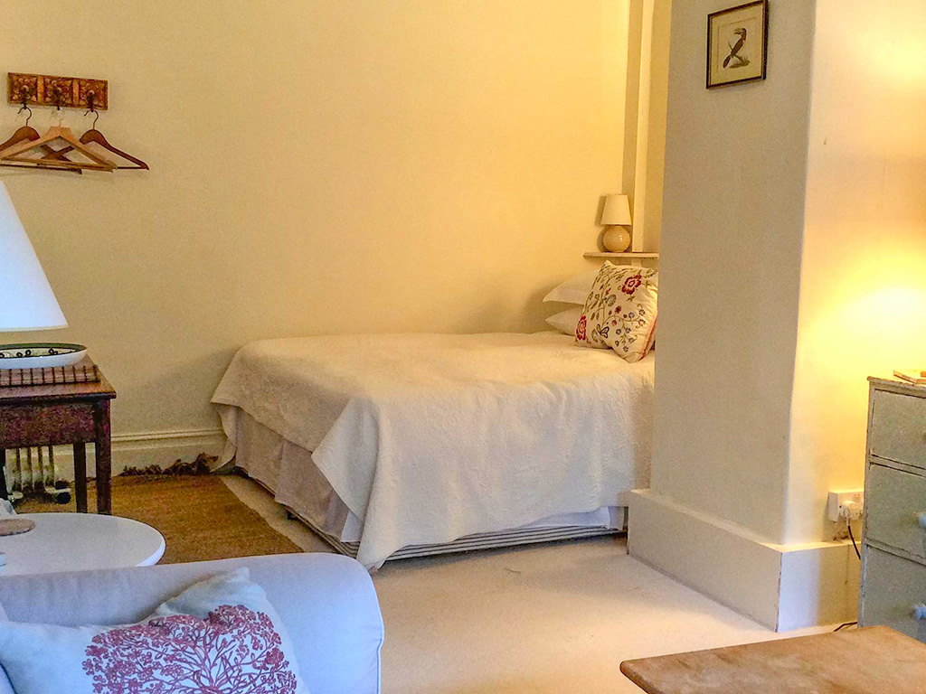 Carn Du bedroom from Stylish Cornish Cottages