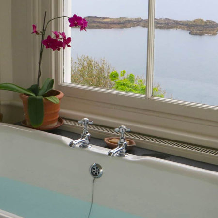 A bath with a view - Cornwall Cottages