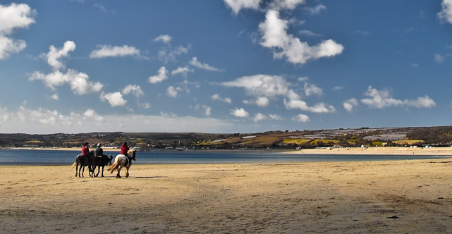 horse riding in Cornwall - Stylish Cornish Cottages