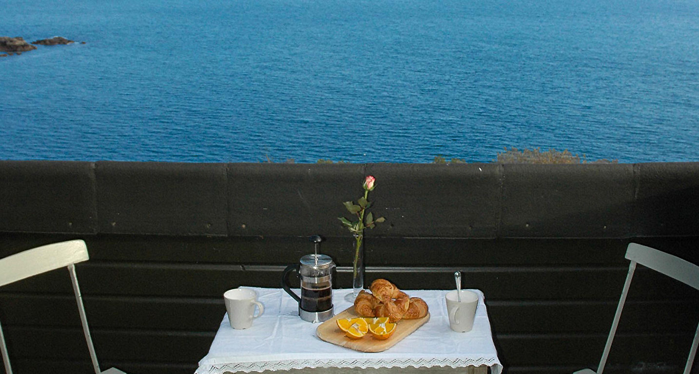 Breakfast for two - Mousehole Cottage